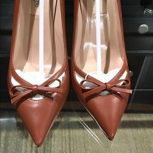 Women's Valentino pumps